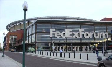 La popular empresa de mensajería da nombre al estadio de los Grizzlies de Memphis.